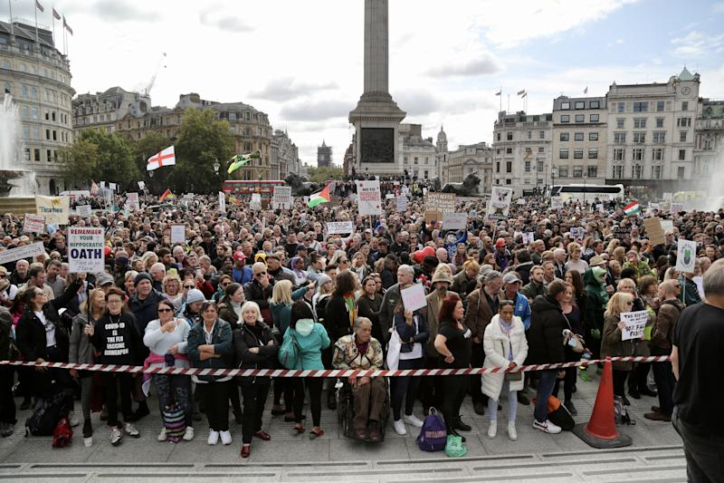LONDON, UNITED KINGDOM - SEPTEMBER 26: Members of StandUpX, a community of people protesting vaccination and coronavirus (Covid-19) measures, gather at Trafalgar Square during a mass rally against wearing mask, taking test and government restrictions imposed to fight the spread of coronavirus (Covid-19) pandemic, in London, United Kingdom on September 26, 2020. (Photo by Hasan Esen/Anadolu Agency via Getty Images)