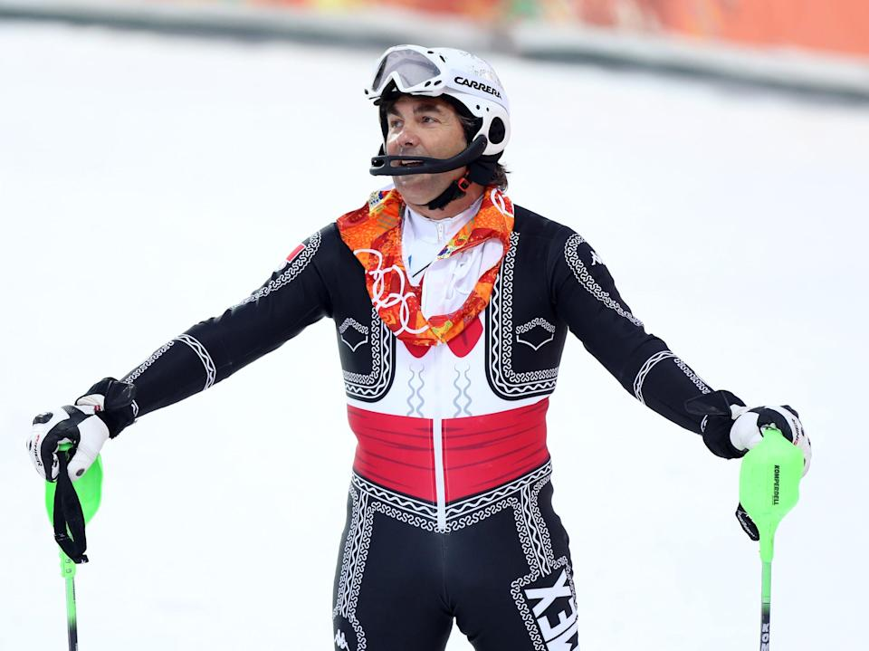 Hubertus von Hohenlohe in 2014 wearing a marachi outfit while skiing