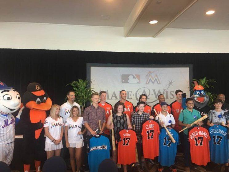 The Make-A-Wish families who attended the MLB All-Star game. (Yahoo Sports)