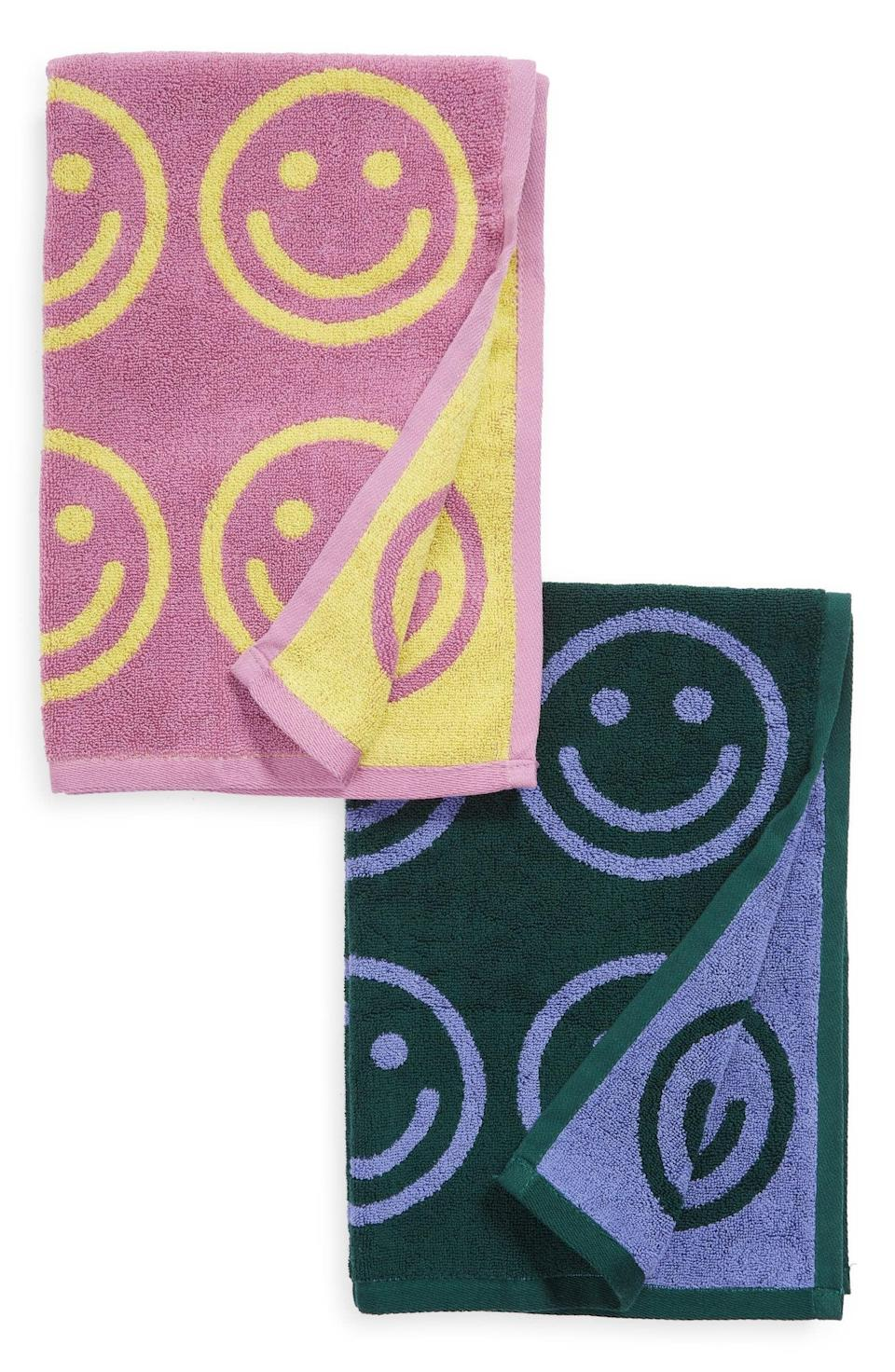 <p>Why have boring towels, when you can add the <span>Baggu Set of 2 Organic Cotton Hand Towels</span> ($40) to your life? They will surely make your guests smile too.</p>