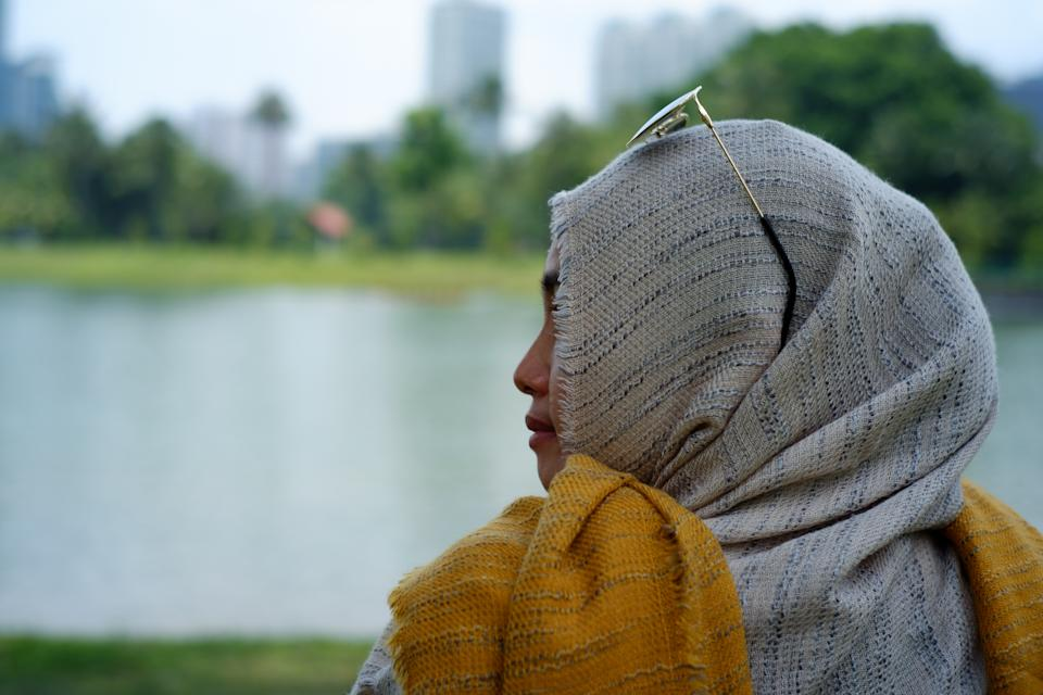 A posed photo of a woman in Singapore wearing a tudung. (PHOTO: Getty Images)