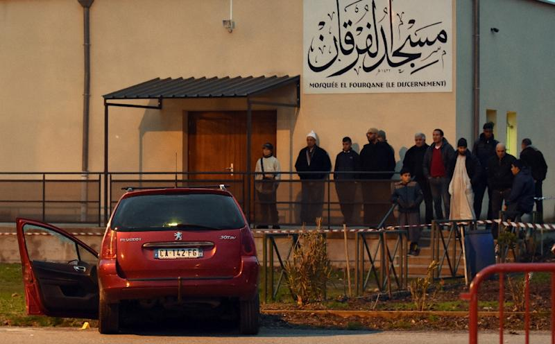 Witnesses said a driver deliberately accelerated his Peugeot car as he headed towards a group of four soldiers in a car park outside a large mosque in a suburb of Valence (AFP Photo/Patrick Gardin)
