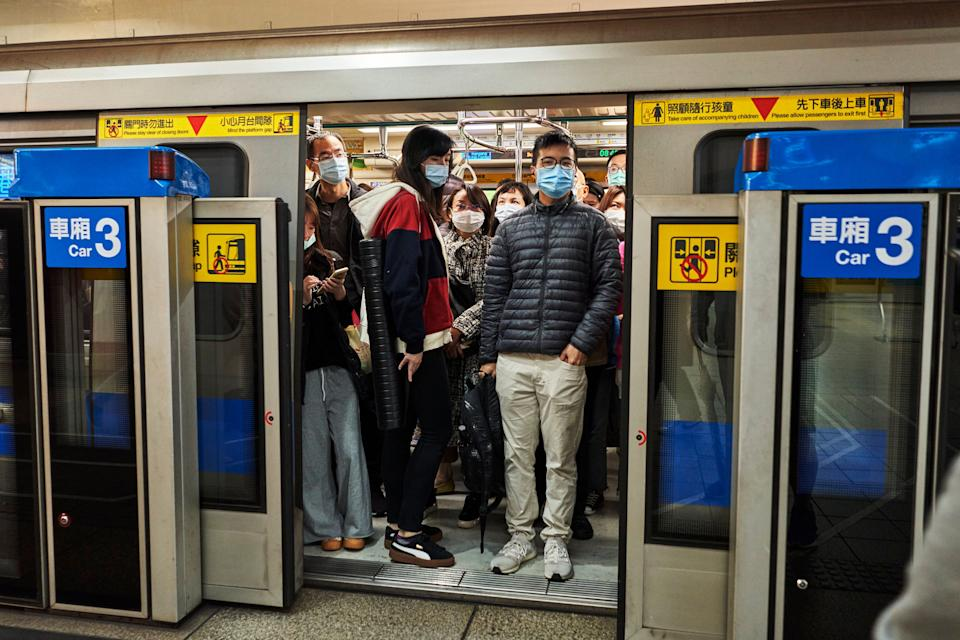 Commuters wear face masks in Taiwan, which has seen more than 200 days without a single recorded case of Covid-19. (Photo: An Rong Xu via Getty Images)