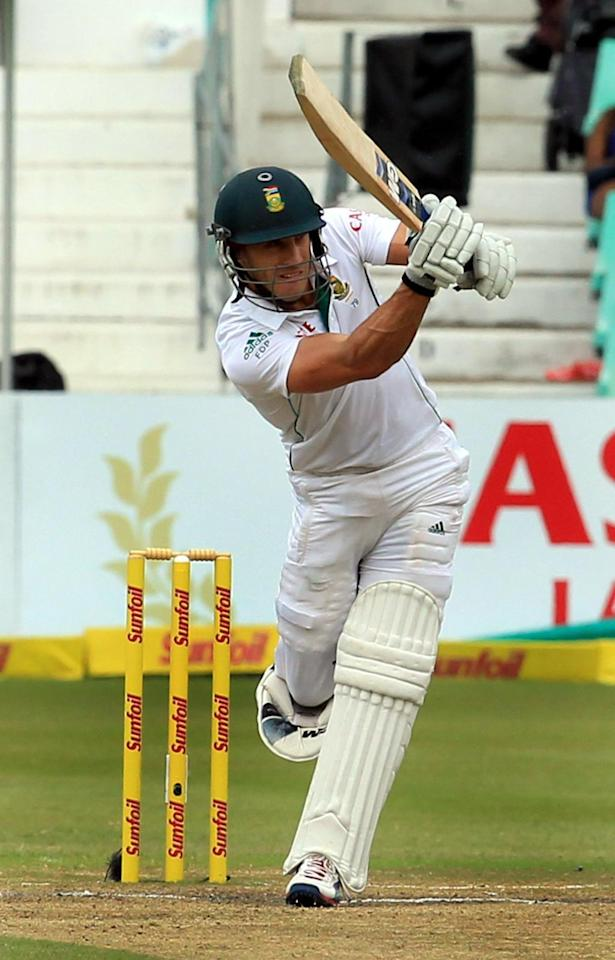 South African cricketer Robin Peterson in action during the 4th Day of the Second Test match between India and South Africa played at Kingsmead stadium in Durban on Dec.29, 2013. (Photo: IANS)