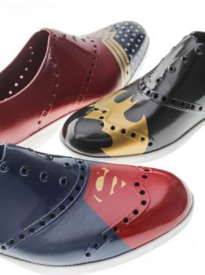 It's finally your turn to be the hero in these limited edition kicks. (CNW Group/Biion Footwear)
