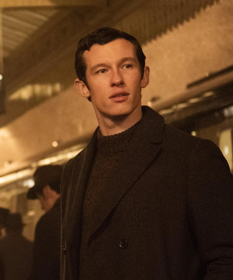 """<h2>Callum Turner Plays Anthony</h2><br>Anthony is also part of the 1960s plot. He's a writer who begins an affair with Jennifer and writes her a series of love letters. <br><br>Anthony is played by Callum Turner. He's known for the films <em><a href=""""https://www.refinery29.com/en-gb/2018/11/217844/fantastic-beasts-crimes-of-grindelwald-plot-holes"""" rel=""""nofollow noopener"""" target=""""_blank"""" data-ylk=""""slk:Fantastic Beasts: The Crimes of Grindelwald"""" class=""""link rapid-noclick-resp"""">Fantastic Beasts: The Crimes of Grindelwald</a></em> and <em>Emma</em>, and the series <em>The Capture</em> and<em> War & Peace</em>.<span class=""""copyright"""">Photo: Courtesy of Netflix.</span>"""