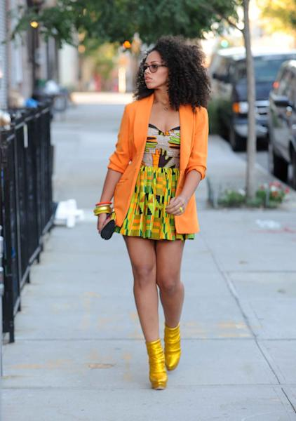 "This Sept. 18, 2011 publicity photo provided by RCA Records/PictureGroup shows the making of the Sony Music video with Elle Varner featuring J.Cole in the Williamsburg section of New York. When Varner made her debut to the music world with her first music video, she did so in a hand-me-down. ""The jacket I'm wearing in the ""Only Wanna Give It to You"" (music video) was $4 at Good Will,"" she said of the bright orange blazer that got attention on urban blogs when the video was released in 2011. (AP Photo/ RCA Records/PictureGroup, Brad Barket)"