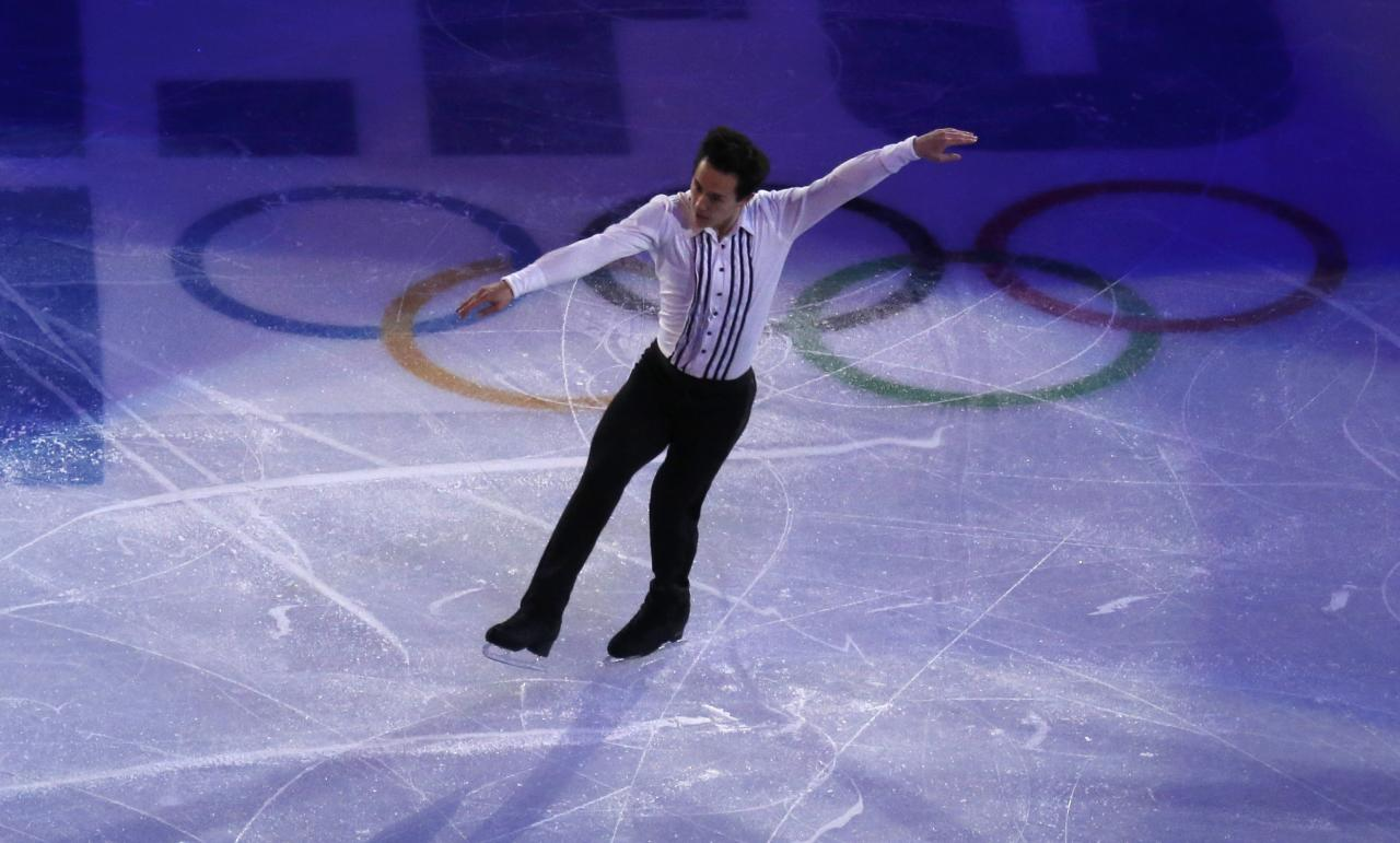 Canada's Patrick Chan performs during the Figure Skating Gala Exhibition at the 2014 Sochi Winter Olympics February 22, 2014. REUTERS/David Gray (RUSSIA - Tags: SPORT FIGURE SKATING OLYMPICS)