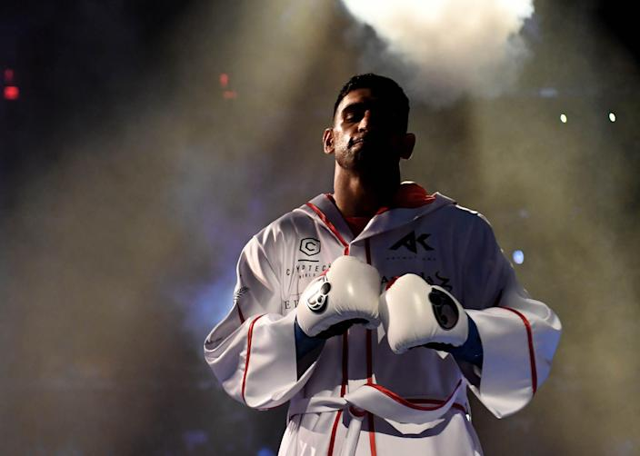 Amir Khan prepares for his fight against Terence Crawford in 2019.