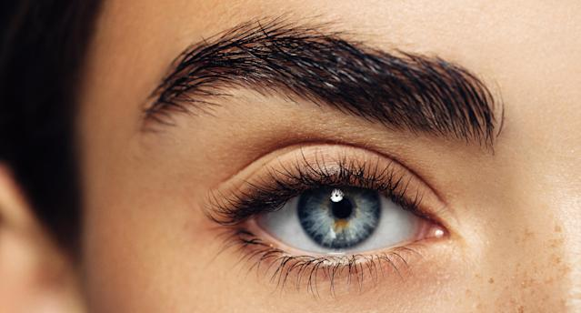 According to researchers, there's a connection between modern humans and Neanderthals when it comes to our expressive eyebrows. (Photo: Getty)