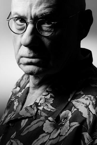 Ellroy says he ignores the present and does not read any of his contemporaries