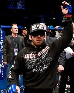 Jamie Varner was battered but victorious after his Jan. 2009 match with Donald Cerrone