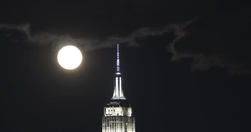 Final full moon of the decade peaks at 12