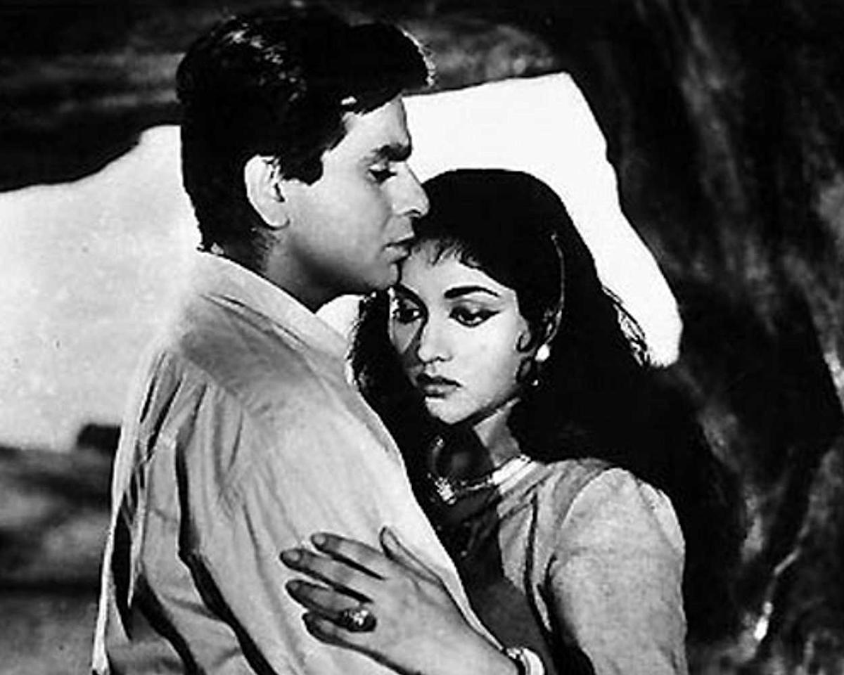 Master filmmaker Bimal Roy creates a mystical tale of thwarted love, reincarnation and revenge set in the mountains. With its accomplished storytelling, moody lensing and haunting soundtrack, Madhumati is a cut above all the other filmi punarjanam saga and considered among Hindi cinema's finest.