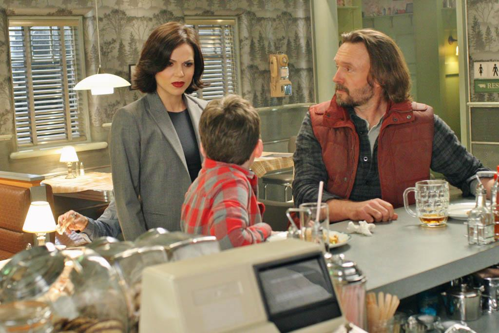 """Welcome to Storybrooke"" - Emma, David and Mr. Gold must protect Mary Margaret against Regina, who is out for revenge and has made it her mission to kill Mary; and Henry, fed up with all of the feuding, devises a plan to put an end to magic. Meanwhile, Regina discovers that a father and son have somehow found their way into her allegedly undetectable town as she and the fairytale characters deal with the effects of the newly cast curse 28 years prior, on ""Once Upon a Time."""