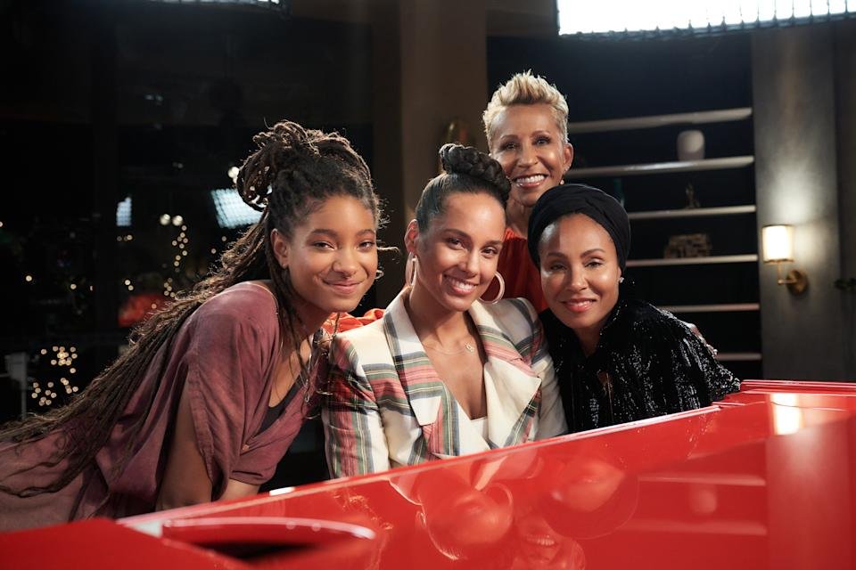 """Alicia Keys appears on Facebook Watch's """"Red Table Talk"""" with hosts Jada Pinkett Smith, Willow Smith, and Adrienne Banfield-Jones. (Photo: Michael Becker)"""