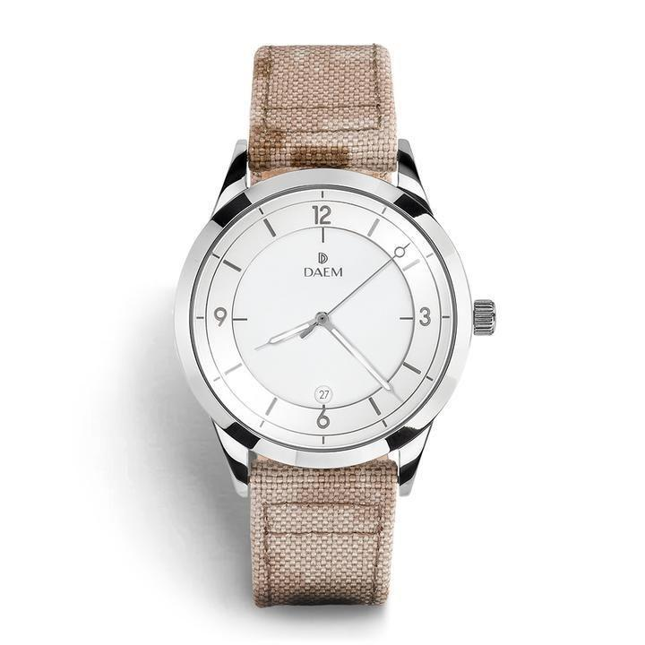 """<p><strong>Daem Watches</strong></p><p>Daem Watches</p><p><strong>$300.00</strong></p><p><a href=""""https://go.redirectingat.com?id=74968X1596630&url=https%3A%2F%2Fdaemwatches.com%2Fcollections%2Fkings%2Fproducts%2Fkent&sref=https%3A%2F%2Fwww.womenshealthmag.com%2Flife%2Fg19924022%2Fbest-gifts-for-parents%2F"""" rel=""""nofollow noopener"""" target=""""_blank"""" data-ylk=""""slk:Shop Now"""" class=""""link rapid-noclick-resp"""">Shop Now</a></p><p>If your parents are never on time, consider gifting them a product that will ensure that their punctuality improves. If not, it at least ensures that they have zero excuses left as to why they never show up on time! And if they're going to continue being late, at least they'll be fashionably late with their chic new accessory. </p>"""