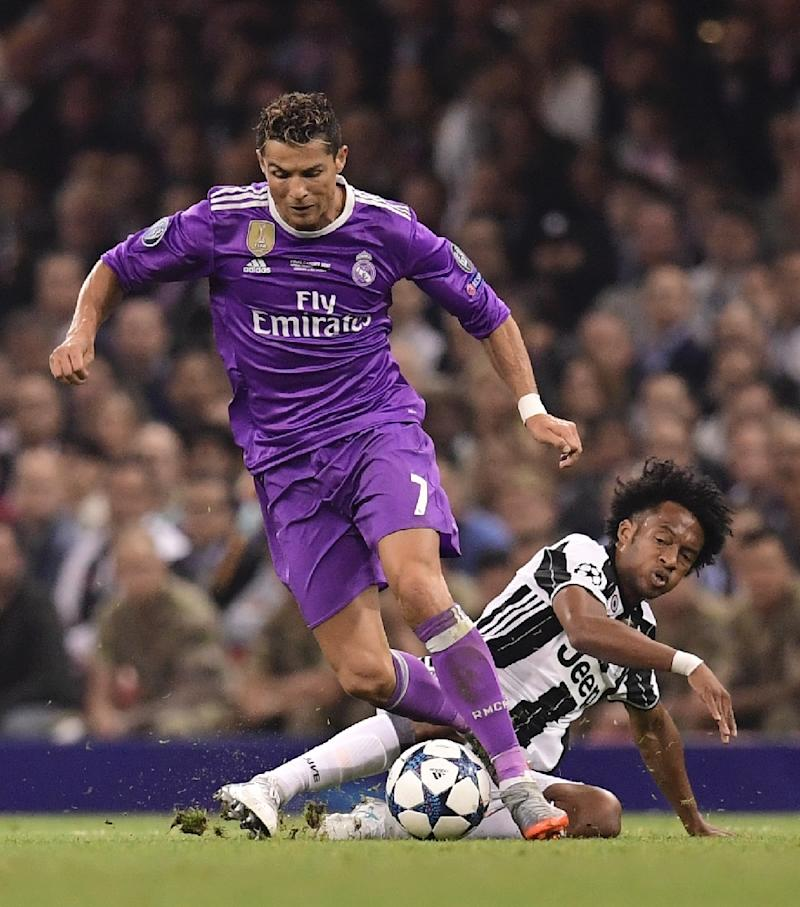quality design 6b6c8 e4734 Cuadrado has 'no problem' giving up Juve No.7 shirt to Ronaldo
