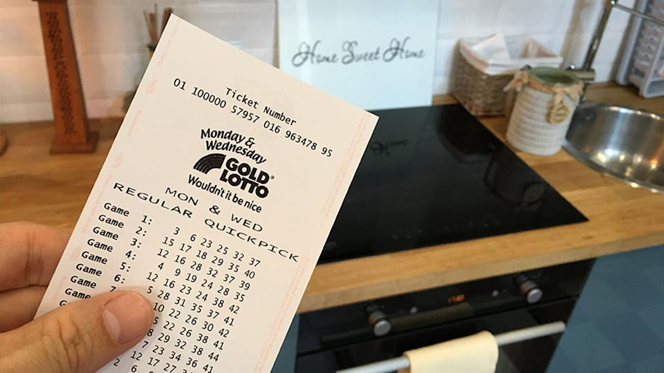 A Queensland man was oblivious to his $1 million lotto win for a week, as his ticket sat on his kitchen bench. Source: The Lott