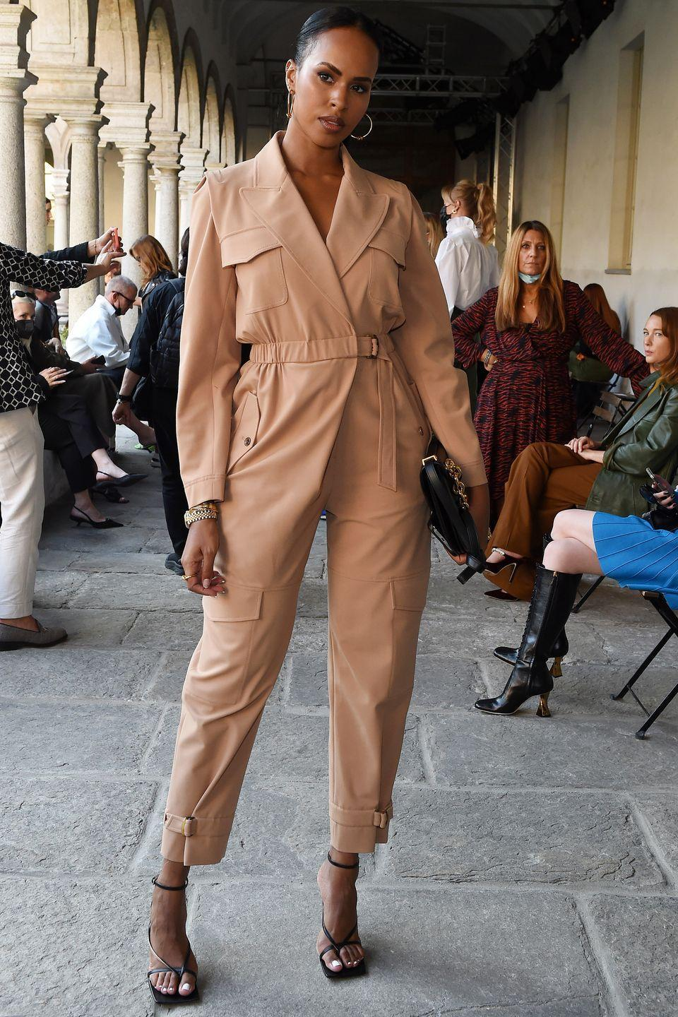 <p><strong>22 September </strong></p><p>Sabrina Elba dressed up her jumpsuit with a pair of strappy heels at the Alberta Ferretti show in Milan.</p>