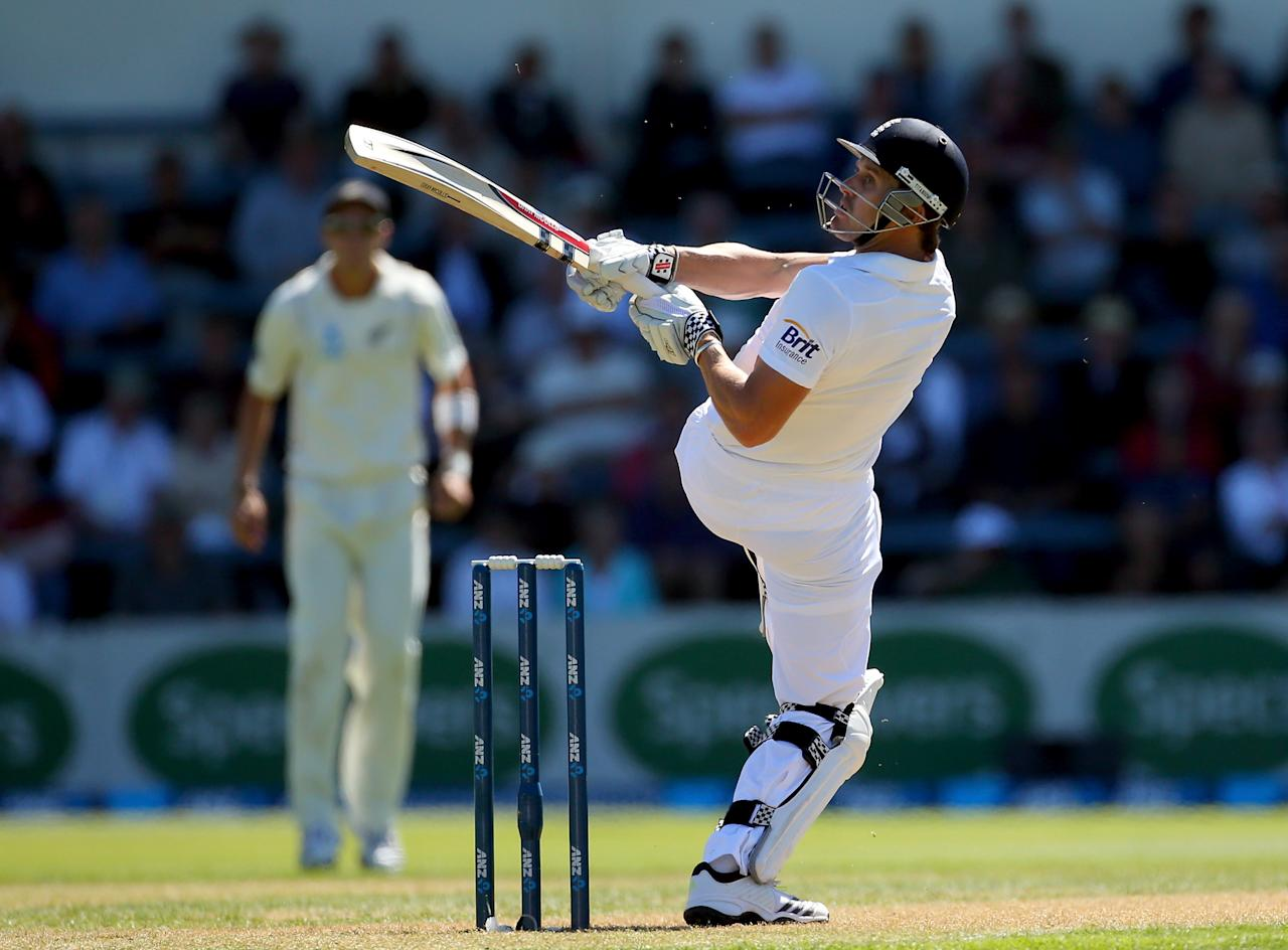 WELLINGTON, NEW ZEALAND - MARCH 14:  Nick Compton of England bats during day one of the Second Test match between New Zealand and England at the Basin Reserve on March 14, 2013 in Wellington, New Zealand.  (Photo by Phil Walter/Getty Images)