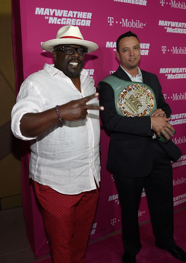 <p>Actor Cedric the Entertainer (L) arrives on T-Mobile's magenta carpet duirng the Showtime, WME IME and Mayweather Promotions VIP Pre-Fight Party for Mayweather vs. McGregor at T-Mobile Arena on August 26, 2017 in Las Vegas, Nevada. (Photo by David Becker/Getty Images for Showtime) </p>