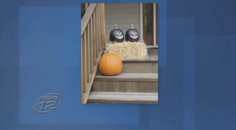 Bed Bath & Beyond pulled black pumpkins from its website after blackface accusations. (Screenshot: News 12)