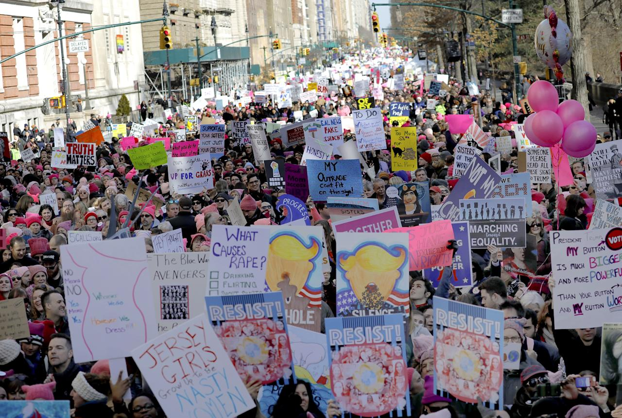 <p>Thousands of people gather holding protest signs on Central Park West for the 2018 Women's March in New York City, Jan. 20, 2018. (Photo: Peter Foley/EPA-EFE/REX/Shutterstock) </p>