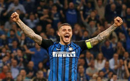 FILE PHOTO: Soccer Football - Serie A - Inter Milan vs Juventus - San Siro, Milan, Italy - April 28, 2018 Inter Milan's Mauro Icardi celebrates their second goal REUTERS/Stefano Rellandini