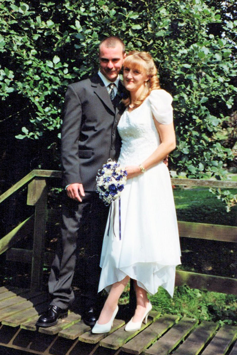Grace's mum and dad on their wedding day back in 1998 [Photo: Caters]