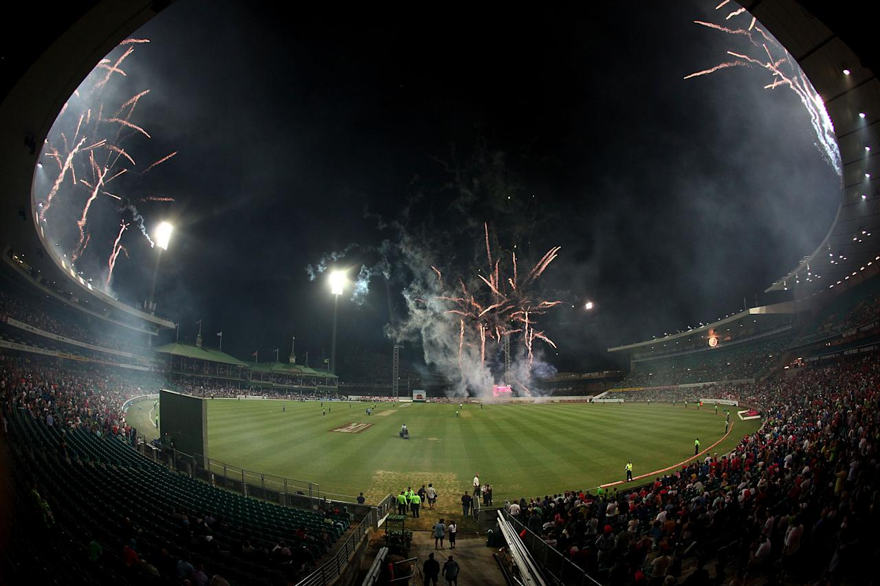 SYDNEY, AUSTRALIA - DECEMBER 08:  Fireworks go off during the Big Bash League match between the Sydney Sixers and the Sydney Thunder at Sydney Cricket Ground on December 8, 2012 in Sydney, Australia.  (Photo by Marianna Massey/Getty Images)