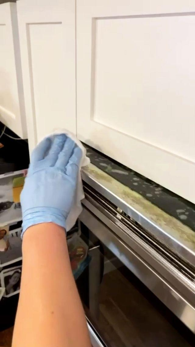 "<p>In need of some cleaning inspiration? Well, head over to Go Clean — the ultimate Instagram for simple cleaning hacks and tips. Whether you're looking to get rid of grease in the kitchen or want to clean your blinds, you'll find everything you need here. Time to get your clean on...</p><p><a href=""https://www.instagram.com/p/CG1-5UehMxn/"" rel=""nofollow noopener"" target=""_blank"" data-ylk=""slk:See the original post on Instagram"" class=""link rapid-noclick-resp"">See the original post on Instagram</a></p>"