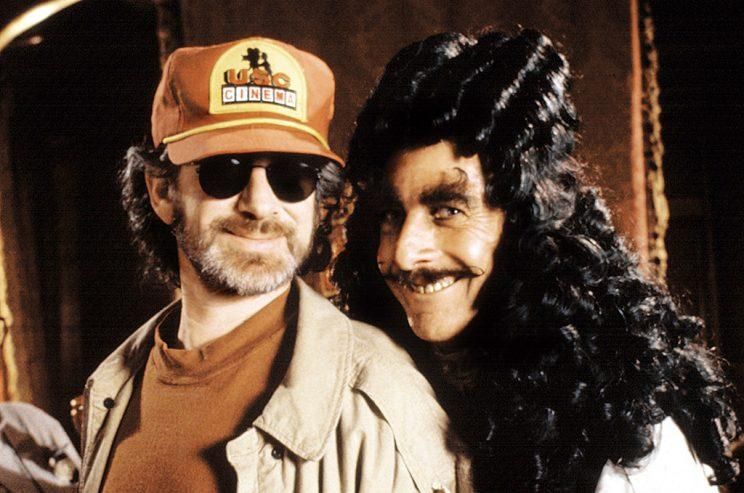 'Hook' director Steven Spielberg with Dustin Hoffman as the title character (Photo: Everett Collection)