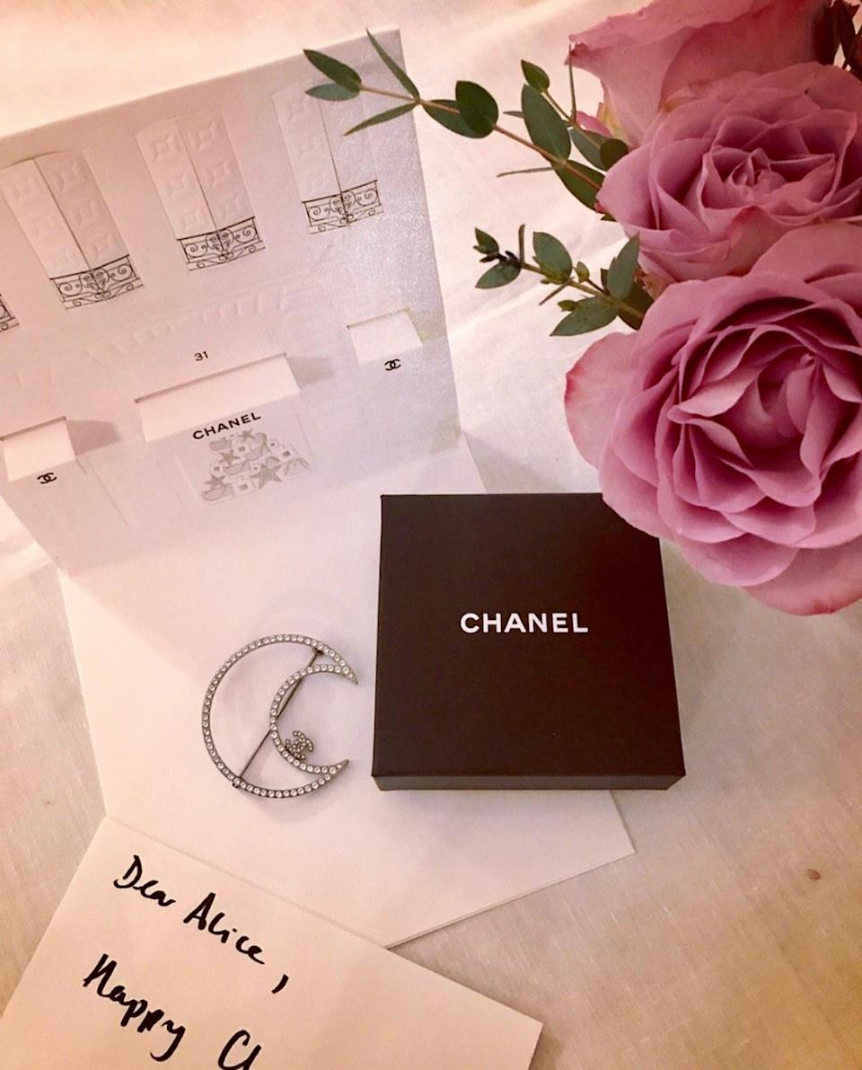 Christmas came early with this beautiful Chanel brooch.