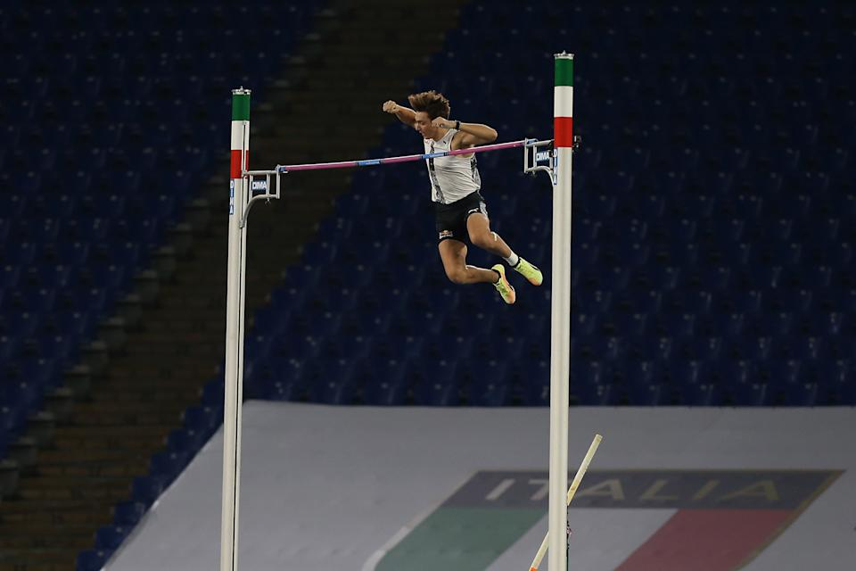 Armand Duplantis sets the new world record in the men's outdoor pole vault event during the IAAF Diamond League meet in Rome.