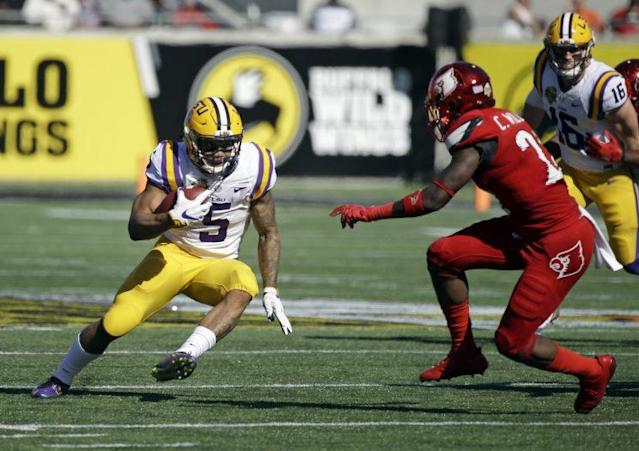 "LSU's <a class=""link rapid-noclick-resp"" href=""/ncaaf/players/250978/"" data-ylk=""slk:Derrius Guice"">Derrius Guice</a> is one of the country's best running backs. (AP Photo/John Raoux)"
