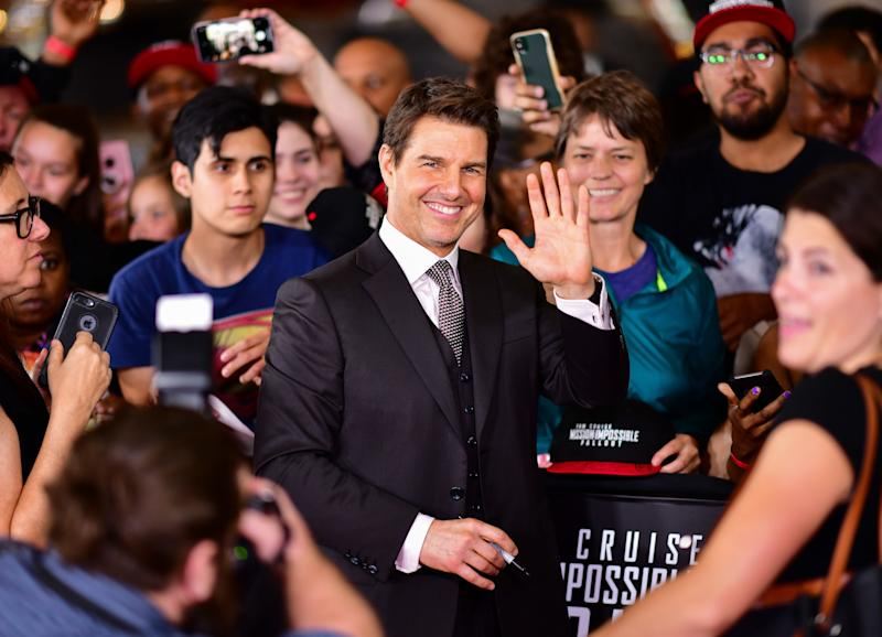 """Tom Cruise, posing as a mere mortal at the """"Mission: Impossible - Fallout"""" premiere. (Photo: James Devaney via Getty Images)"""