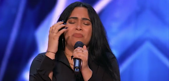 Jayy delivers an emotional tribute to her parents on 'America's Got Talent' Season 16. (Phot: NBC)