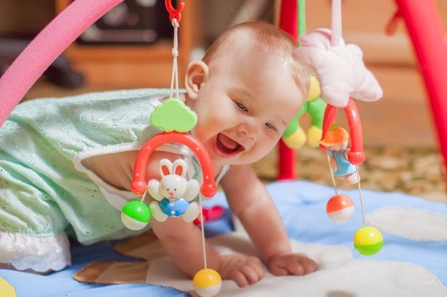 A complete guide to baby's developmental milestones from 6-9 Months