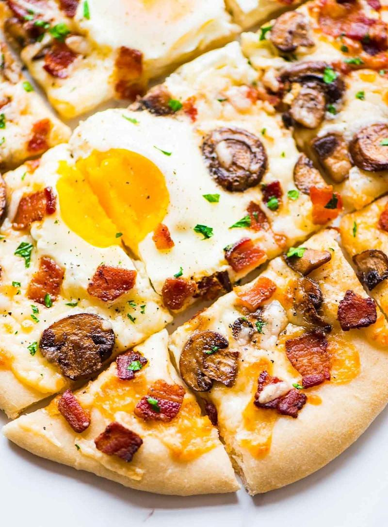 "<strong>Get the <a href=""http://www.wellplated.com/carbonara-pizza/"" target=""_blank"">Carbonara Pizza recipe</a>&nbsp;from&nbsp;Well Plated by Erin</strong>"