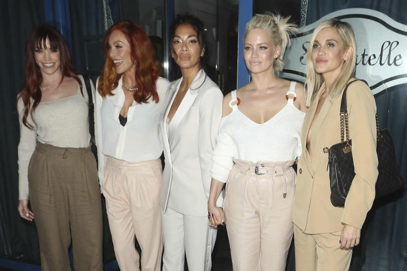 Jessica Sutta, Carmit Bachar, Nicole Scherzinger, Kimberly Wyatt and Ashley Roberts of The Pussycat Dolls are seen on January 30, 2020 at Bagatelle Restaurant in London, England, UK. (Photo by zz/KGC-182/STAR MAX/IPx)