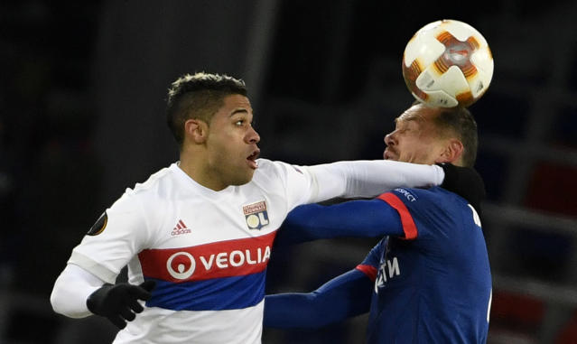 Lyon's Mariano uses his physical attributes once again to cause havoc within the CSKA Moscow defence.