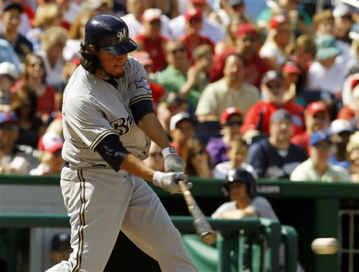 Brewers stay close in wild-card race, beat Nats