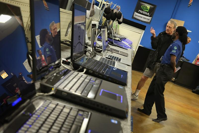 Personal computer sales dropped 6.2 percent in 2016, a decline that analysts tie to a lack of technological improvement in the market and consumers opting to replace laptops with more mobile technology like smartphones and tablets