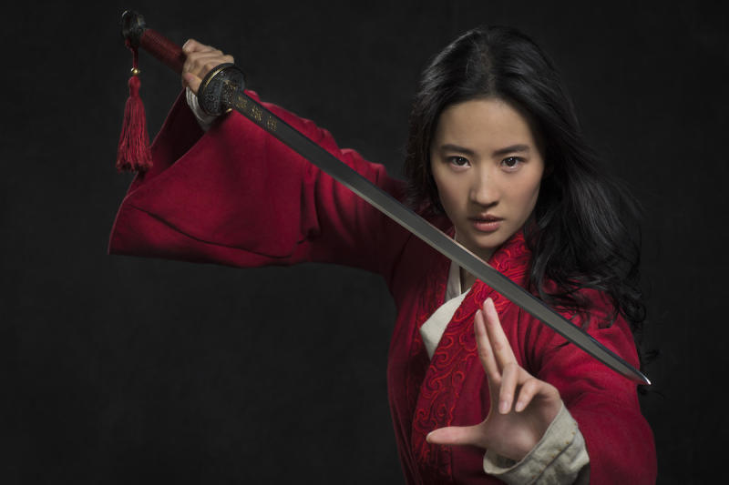 Yifei Liu nei panni di Mulan (Photo: Stephen Tilley /© 2018 Disney Enterprises, Inc. All Rights Reserved.)