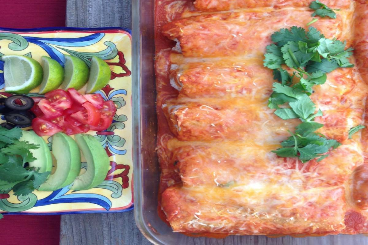 """<p>Jazz up your enchiladas and make them seasonal with the use of canned pumpkin. This recipe from<a href=""""https://www.lizshealthytable.com/?referrer=yahoo&category=beauty_food&include_utm=1&utm_medium=referral&utm_source=yahoo&utm_campaign=feed""""> Liz's Healthy Table</a> adds a healthy kick and makes everything deliciously creamy.</p> <p><a href=""""https://www.lizshealthytable.com/2013/03/21/black-bean-enchiladas-with-pumpkin-sauce/?referrer=yahoo&category=beauty_food&include_utm=1&utm_medium=referral&utm_source=yahoo&utm_campaign=feed"""">For the Black Bean Enchiladas With Pumpkin Sauce recipe, click here.</a></p>"""