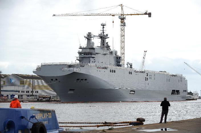 The Vladivostok warship, a Mistral class LHD amphibious vessel ordered by Russia to the STX France shipyard in Saint-Nazaire, western France is seen on May 9, 2014 (AFP Photo/Jean-Sebastien Evrard)
