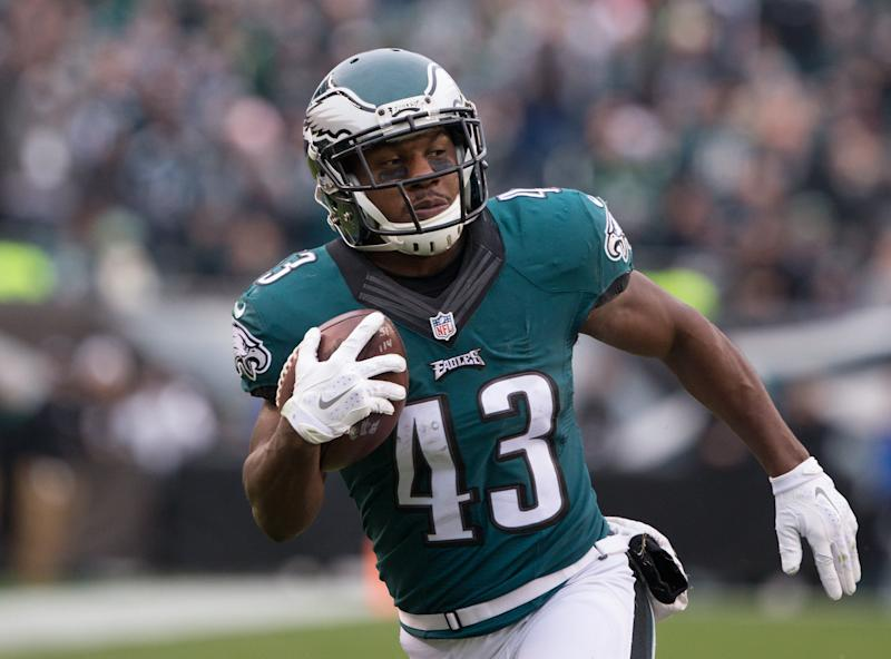 Darren Sproles has agreed to a one-year deal to play with the Eagles at 36 years old. (Reuters)