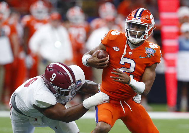 "Clemson quarterback <a class=""link rapid-noclick-resp"" href=""/ncaaf/players/252151/"" data-ylk=""slk:Kelly Bryant"">Kelly Bryant</a> will compete for snaps with a true freshman. (AP Photo/Butch Dill, File)"