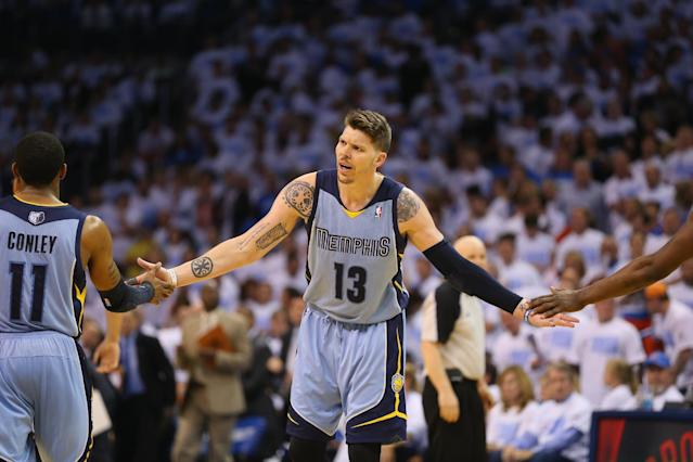 OKLAHOMA CITY, OK - APRIL 29: Mike Miller #13 of the Memphis Grizzlies in Game Five of the Western Conference Quarterfinals during the 2014 NBA Playoffs at Chesapeake Energy Arena on April 29, 2014 in Oklahoma City, Oklahoma. (Photo by Ronald Martinez/Getty Images)